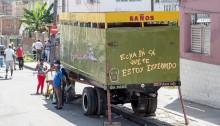 キューバの移動式トイレの写真