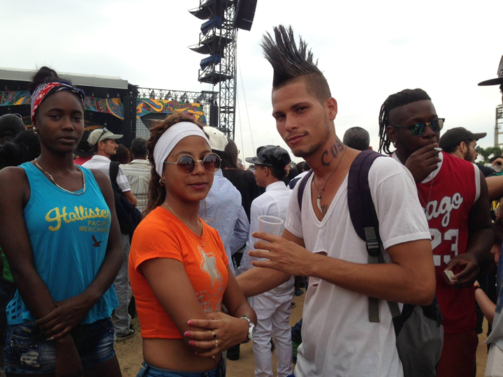 2016年3月のローリングストーンズライブに来場していた男性キューバ人